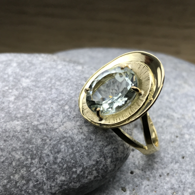 Prasiolite sur bague or Chris Alexxa