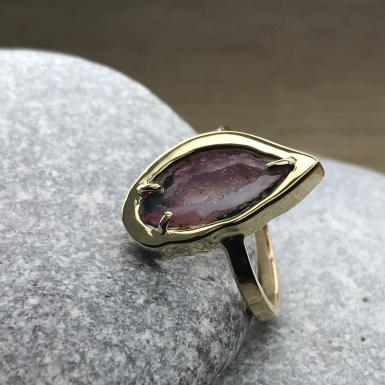 Geode d'agathe sur bague or Chris Alexxa