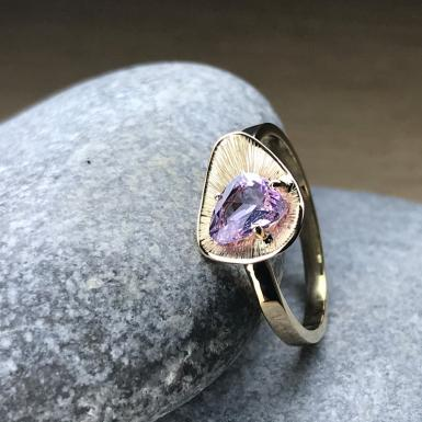 bague Saphir Rose Chris Alexxa